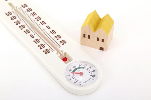 断熱化は暑さ寒さの解消だけでなく、健康にも好影響があることが明らかに